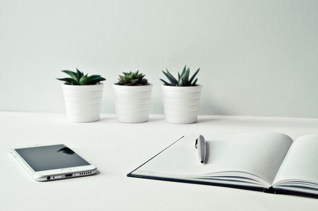 Na co warto zwrócić uwagę podczas tworzenia papieru firmowego