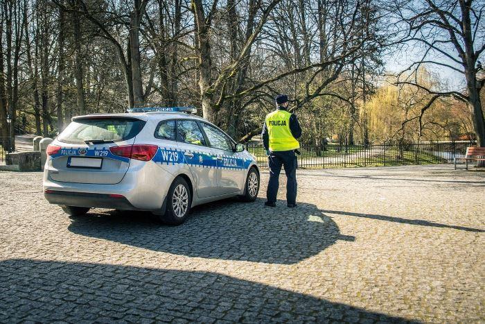 Policja Piekary Śląskie: Skontaktuj się z policjantami bez wychodzenia z domu